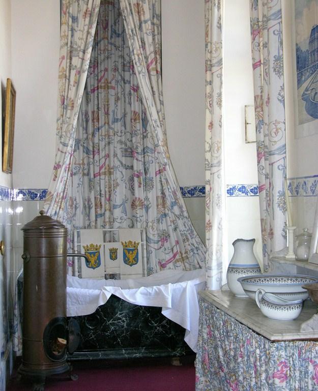 patrimonio di giorno presso il ch teau de breteuil. Black Bedroom Furniture Sets. Home Design Ideas